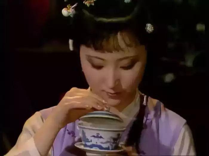 知道怎样送茶, 貌似要比喝茶时候大讲茶文化要有意思得多
